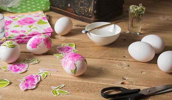 Decoupage eggs